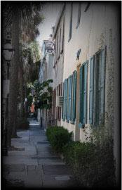 Charleston, SC - lamp post - buildings - sidewalk